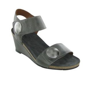 Taos Footwear Carousel women's leather sandals 41